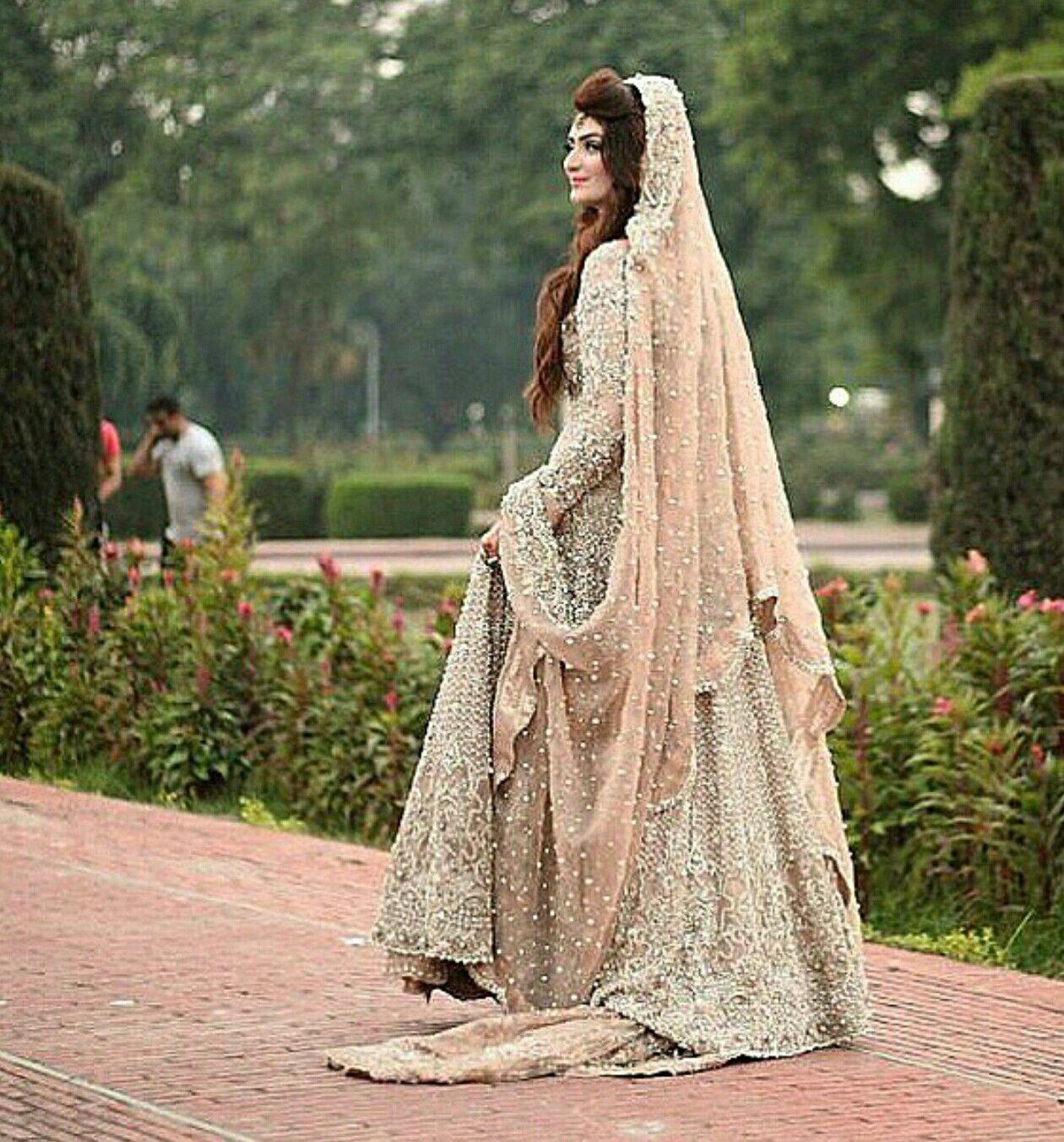 Beautiful Pakistani Bridal Dresses: Pakistani Wedding Outfits, Pakistani Bridal