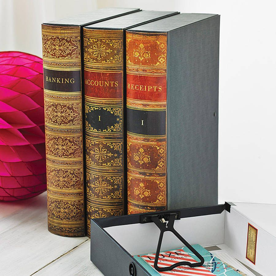 Folders and binders that look like books, so you can ...