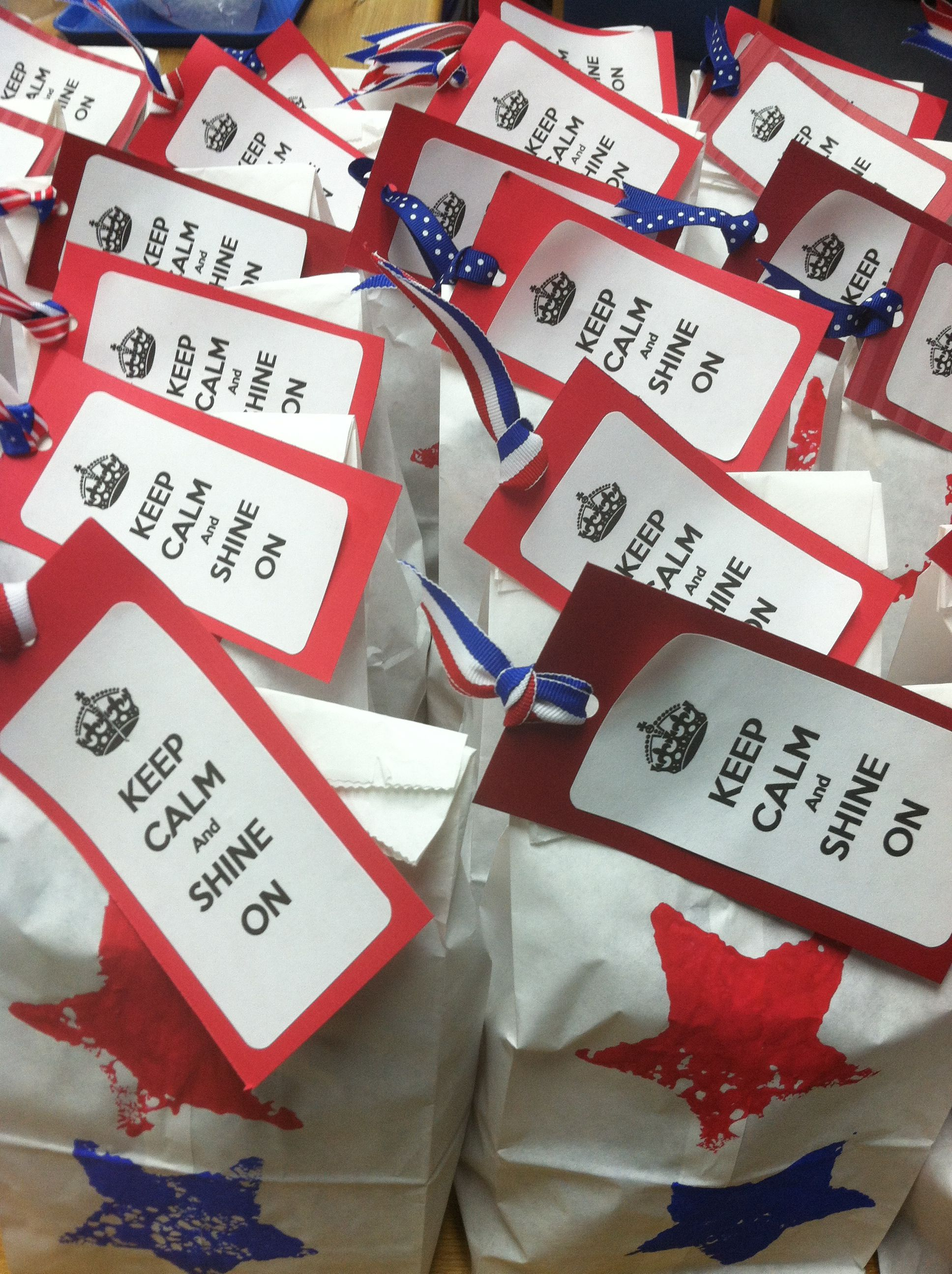 Bags for school teachers - First Day Back Teacher Goodie Bags