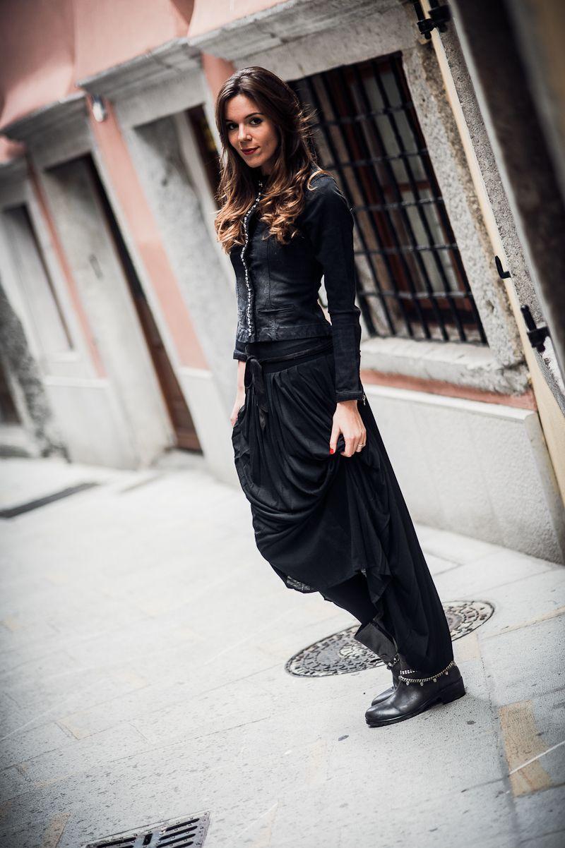 disponibilità nel Regno Unito 64b94 d7a3f long skirt with biker boots from las lolitas to max mara thanks to ...