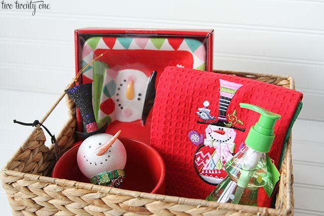 snowman basket giveaway chelsea two twenty one