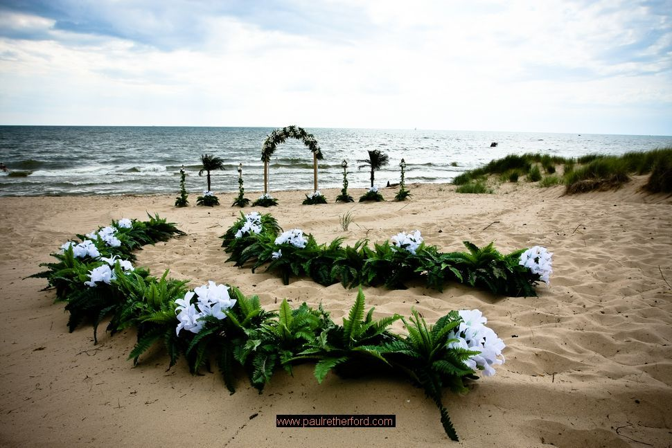Lake Michigan Beach Wedding Sline