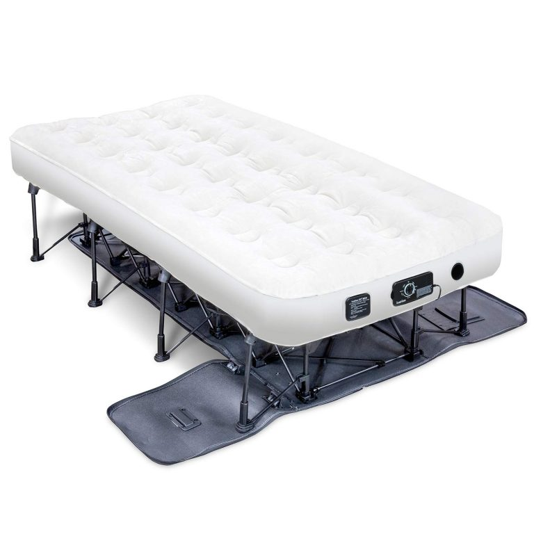 Top 10 Best Inflatable Beds In 2020 Reviews Best Inflatable Bed Inflatable Bed Construction Bedding