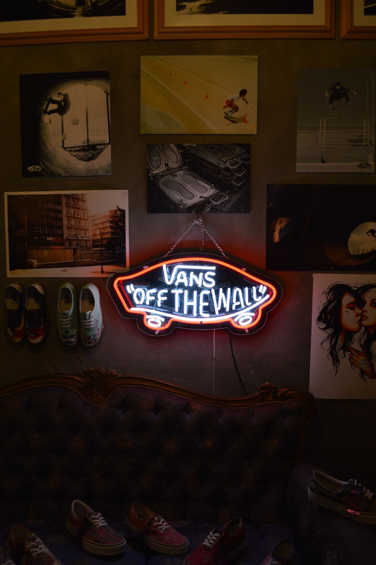 Pin By Tyler Baker On Vans Neon Signs Vans Off The Wall Neon