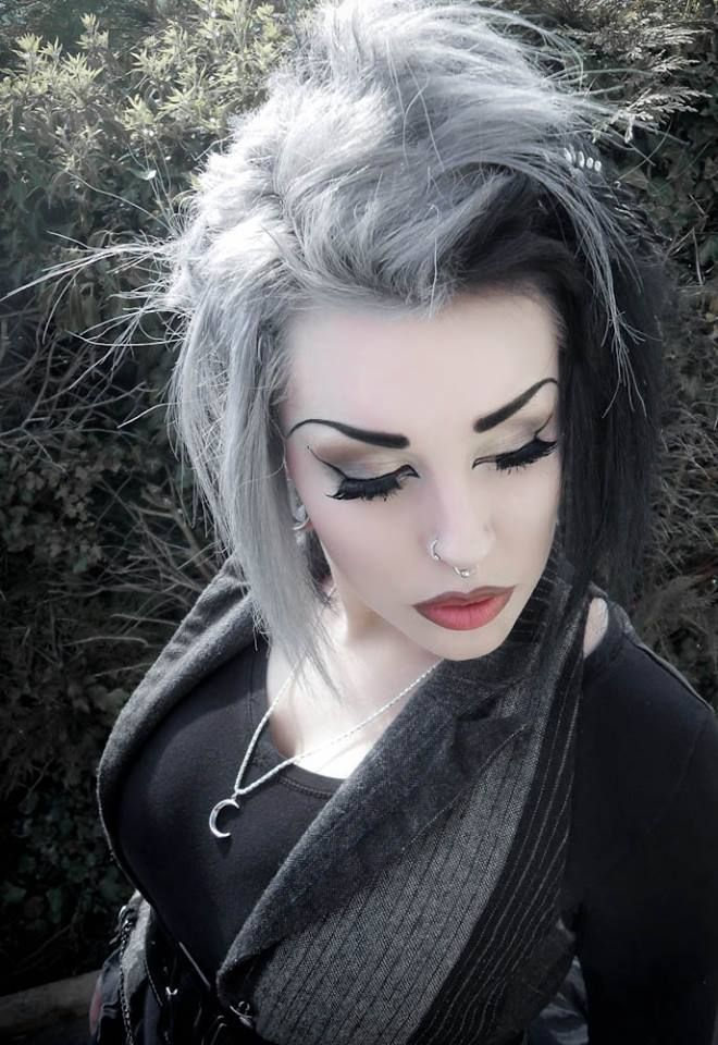 office goth makeup grey and black hair corporategoth. Black Bedroom Furniture Sets. Home Design Ideas