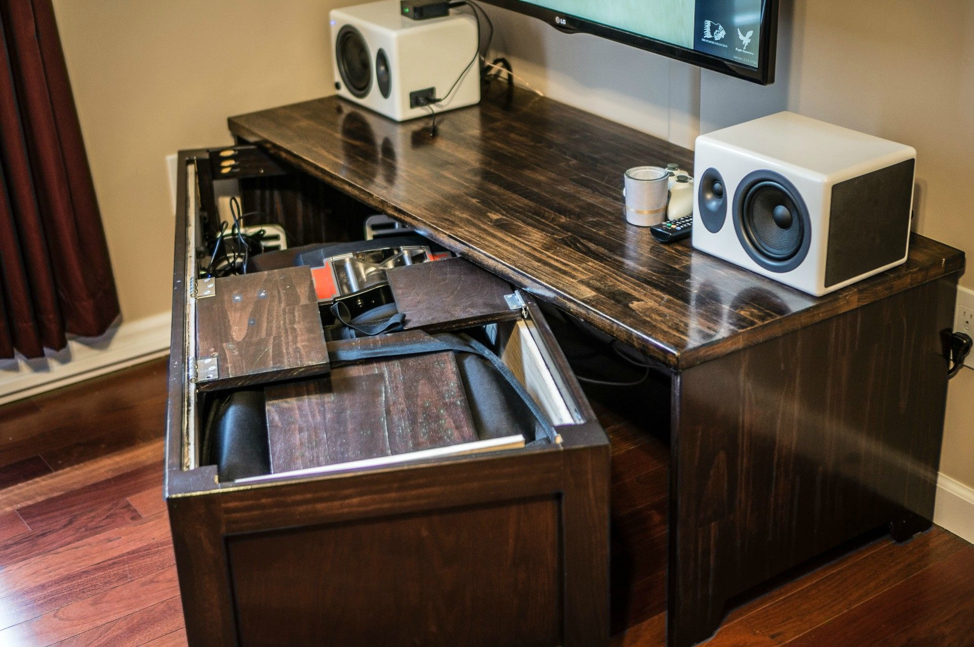 15 of the best pc builds from around the web pc gamer cool tech in 2019 best pc racing. Black Bedroom Furniture Sets. Home Design Ideas