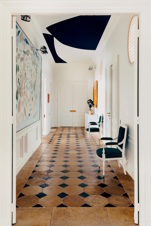 Tour A Charming Paris Flat Fit For A Fashionable Couple S Family Apartment Design Home Paris Apartments