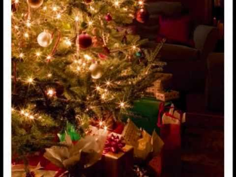 Let It Be Christmas Alan Jackson I Absolutely Love This With