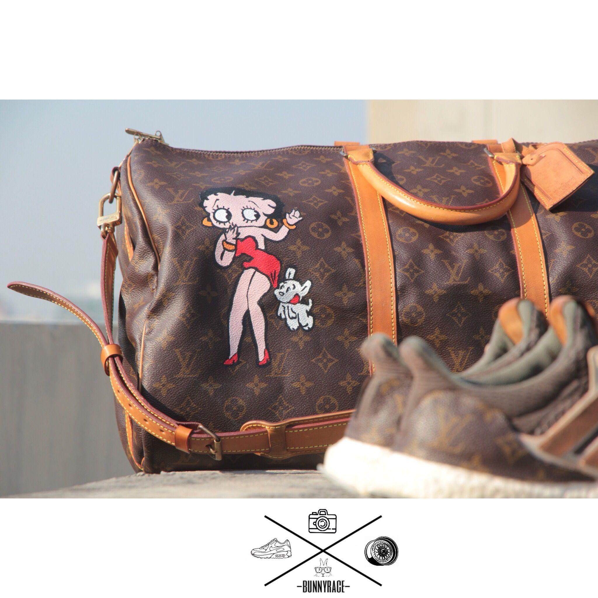 5788083181d0 Nice boston bag hands paint custom loved Betty Boop on Louis Vuitton keepall