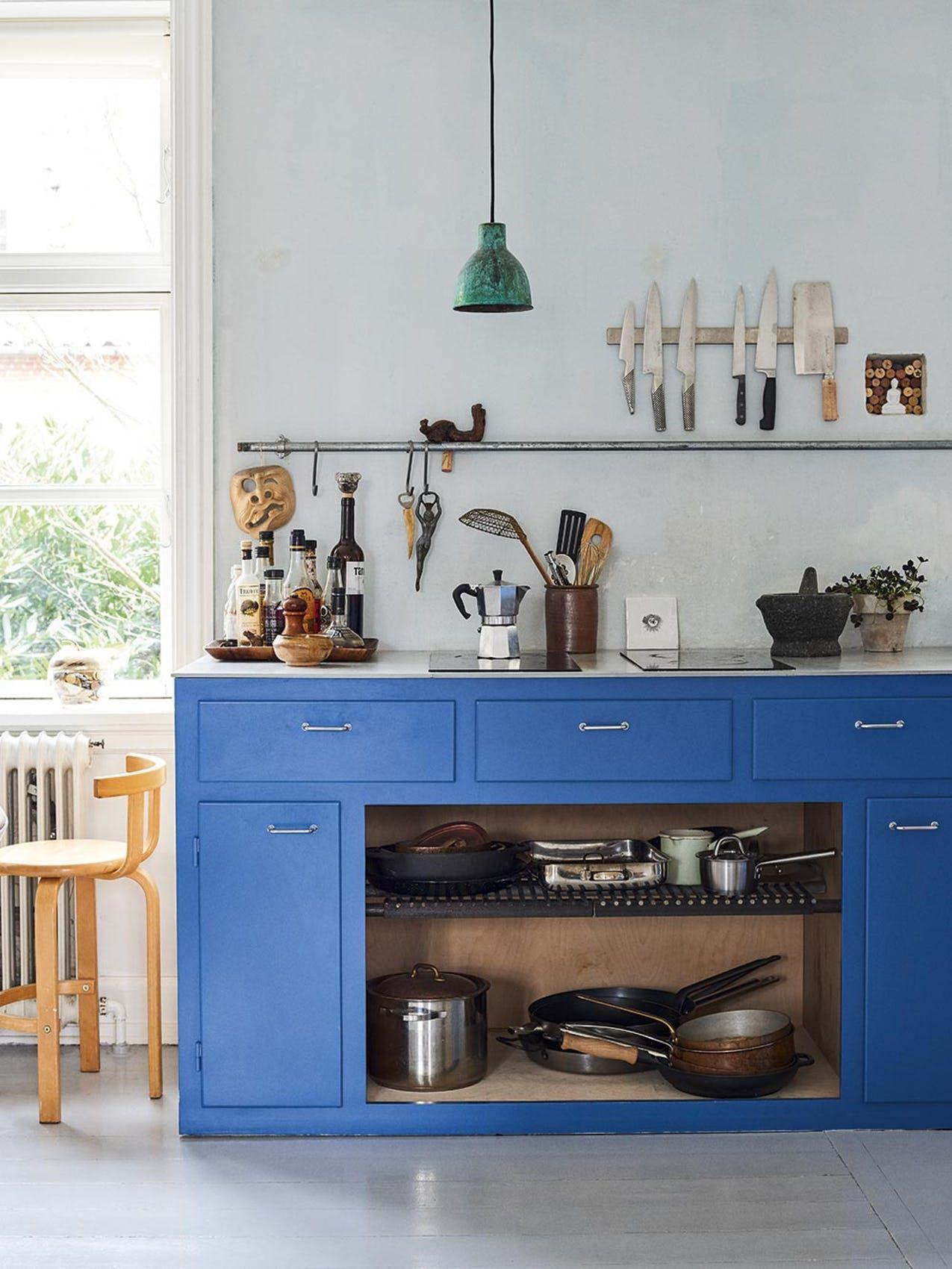 Innenarchitektur für küchenschrank stemningsfuld lejebolig med et køkken du ikke ser magen til andre