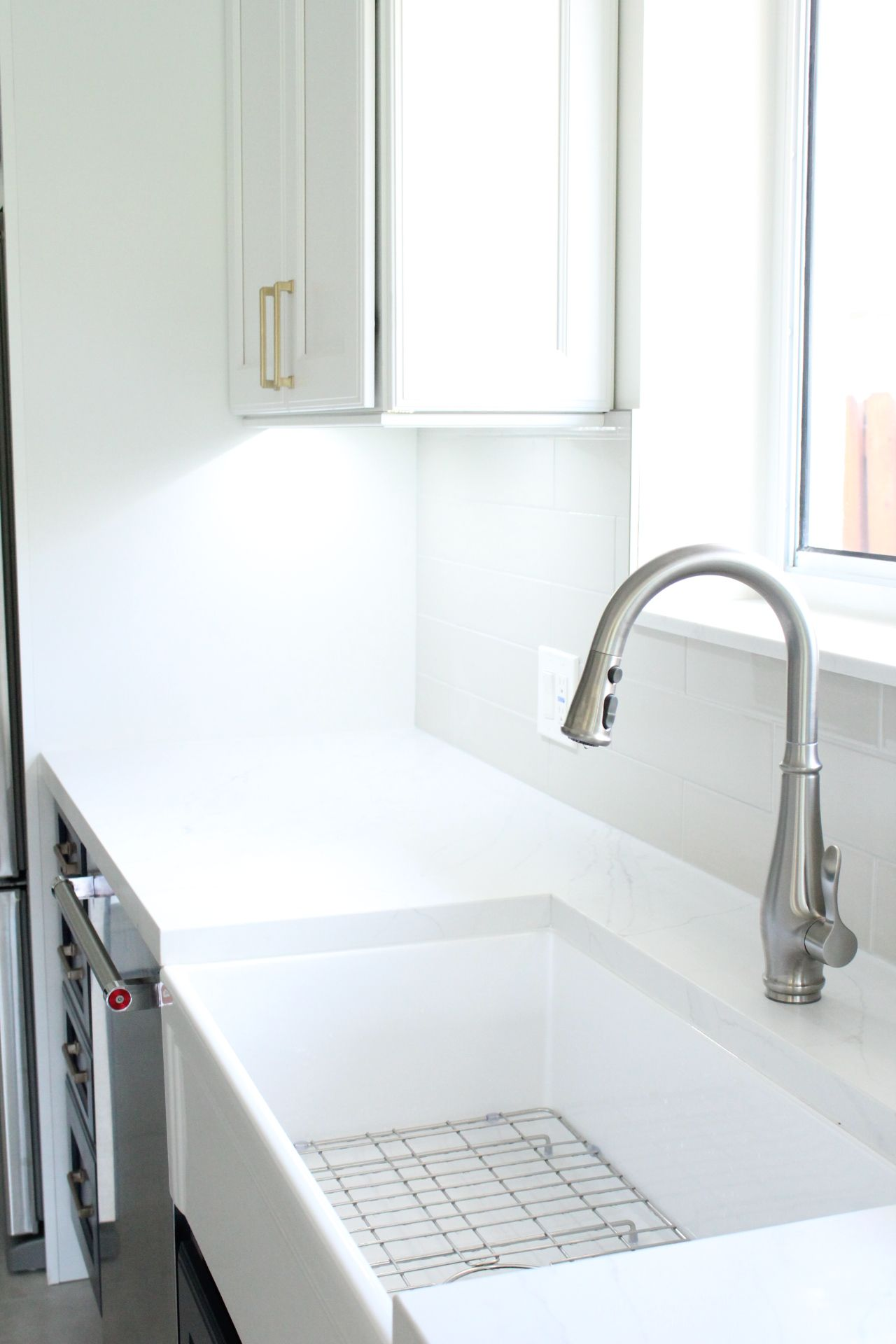 33 farmhouse sink is awesome combined with the kohler