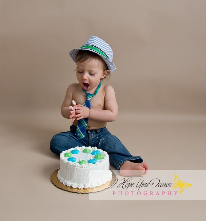 1st Birthday Boy Cake Smash Www Ihopeyoudancephotography Com