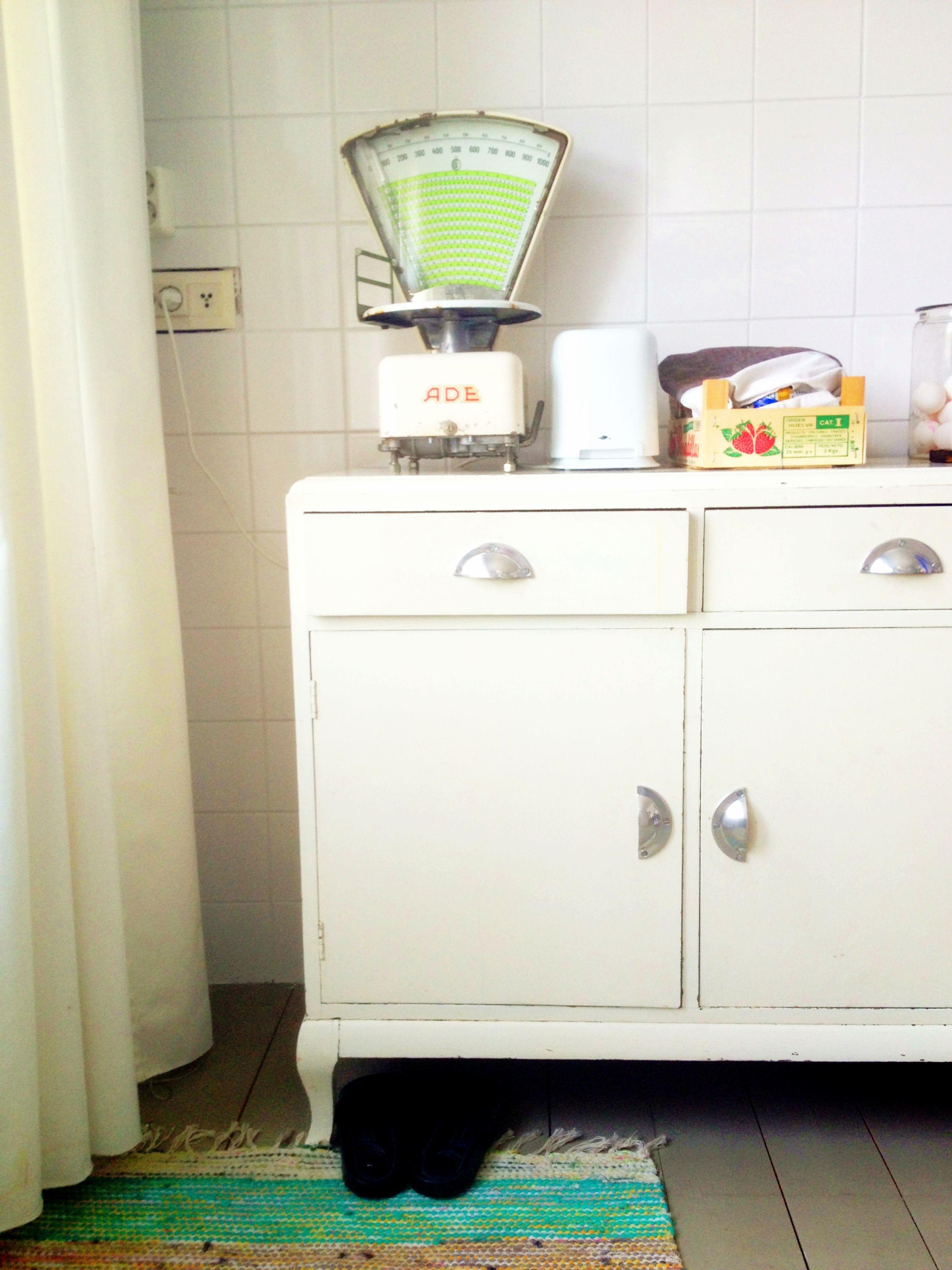 Lepolan keittiössä