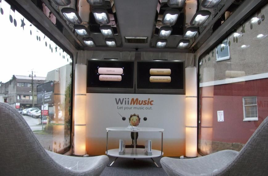 Experiential Marketing Campaign Nintendo Wii Out Of Home