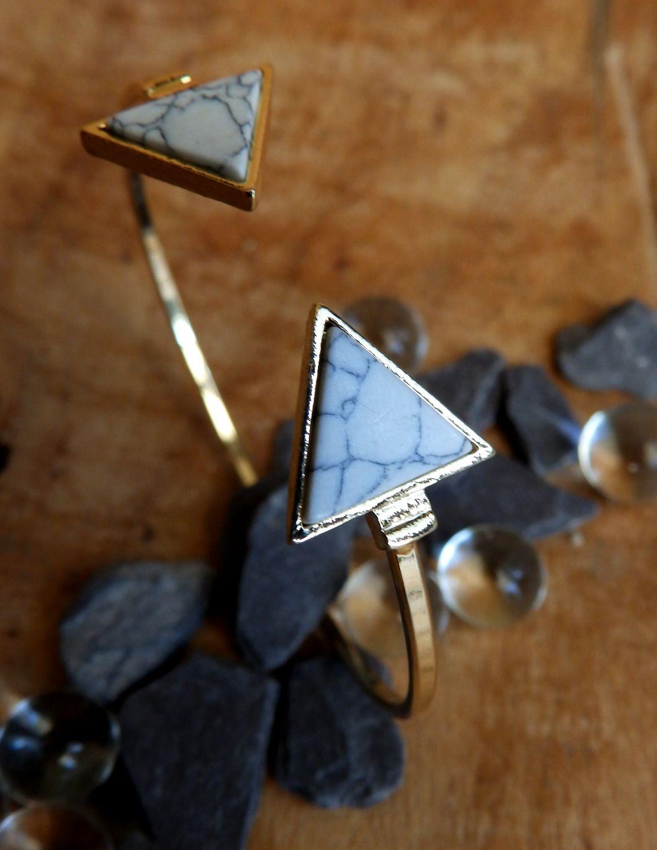 Bracelet jonc marbre Atelier v : Bracelet par atelier-v