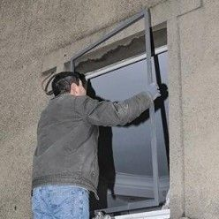 Comment réaliser un châssis en métal pour fenêtre à double vitrage (avec images)   Fenetre ...