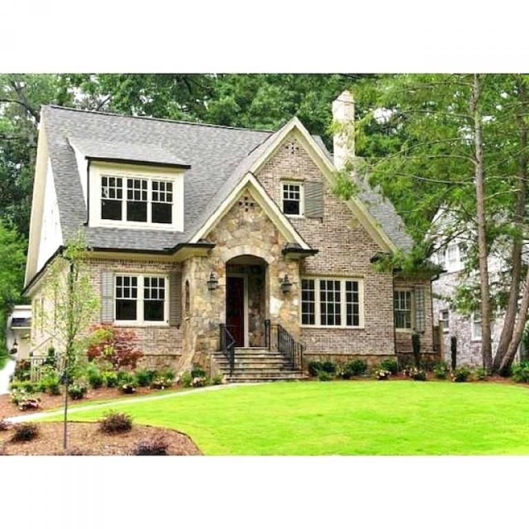 Incredible Cottage House Exterior Ideas
