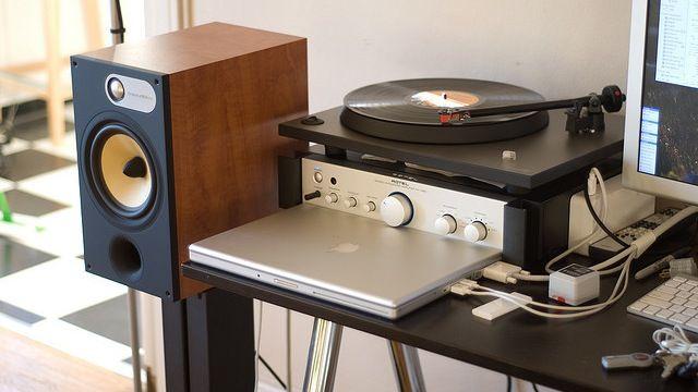 Most Popular Living Room Speaker Set: Bowers And Wilkins (600 Series/800  Series Diamond)