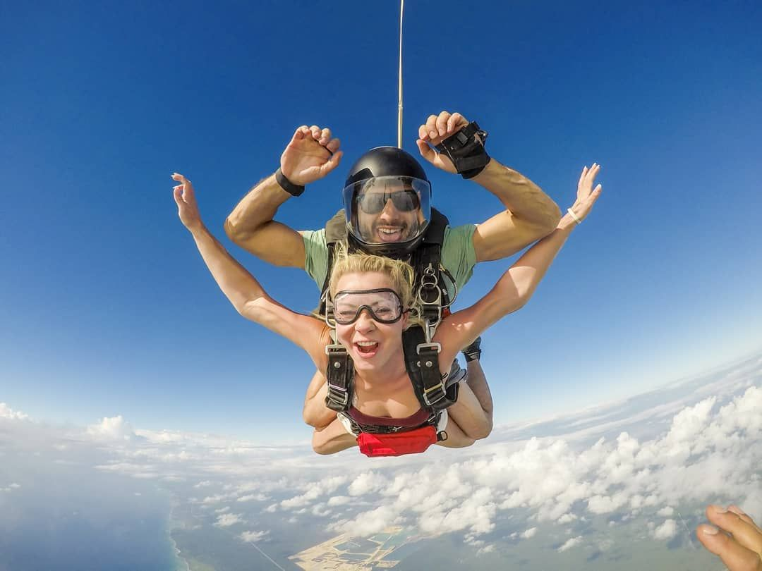 Watch The Best Youtube Videos Online Dare To Be The Best At All Times Skydivemexplaya Skydiving Sky Skydive Online Dares Extreme Sports Youtube Videos