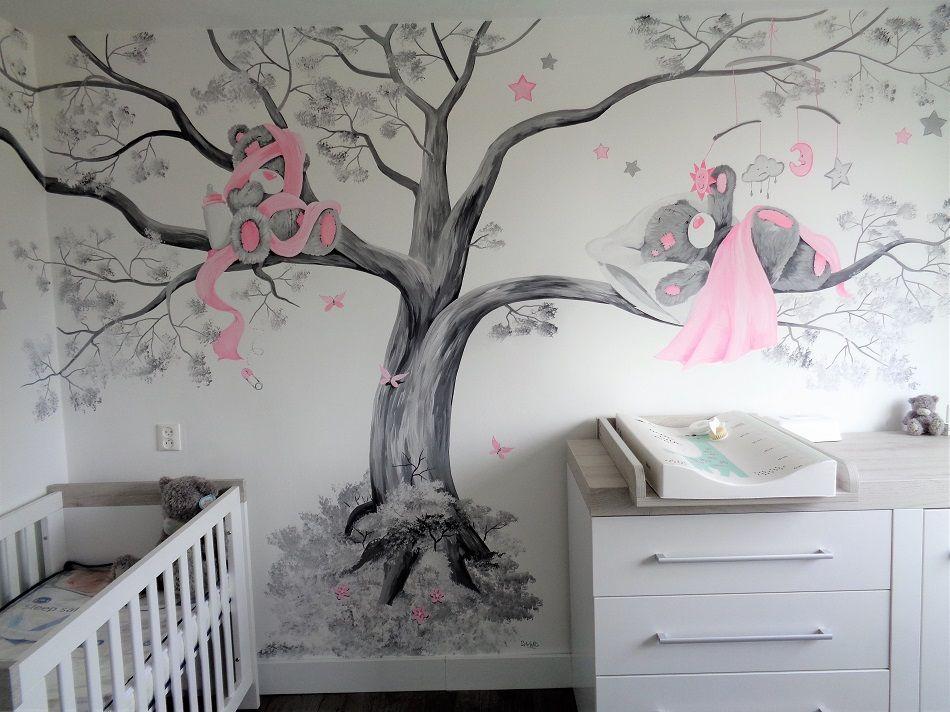 Babykamer In Hoek : Uitgebreide me to you babykamer muurschildering door saskia de wit