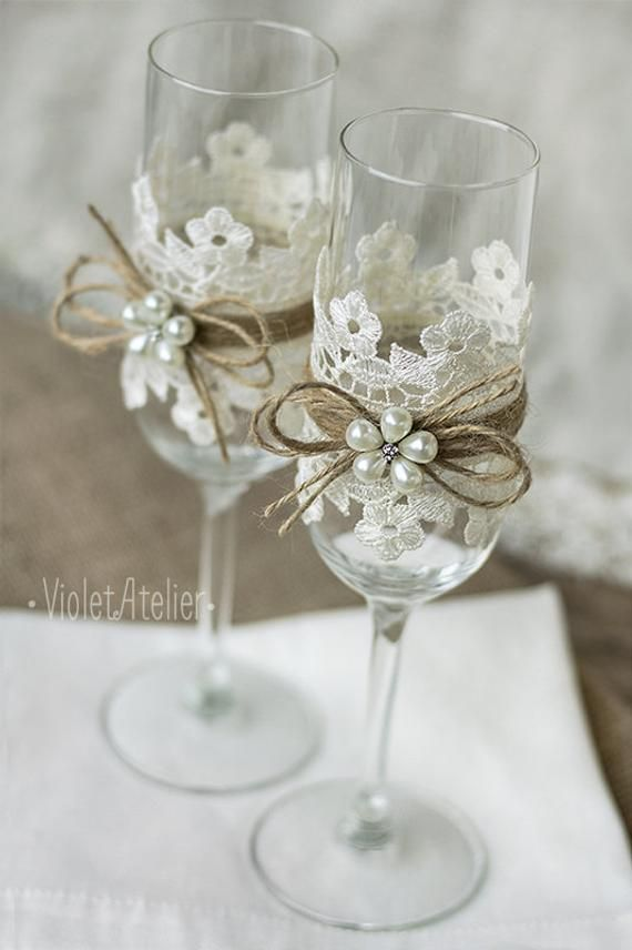 Lace Toasting Flutes, Pearl Flower Champagne Wedding Glasses, Bride and Groom Toasting Flutes Wedding Set #brautblume