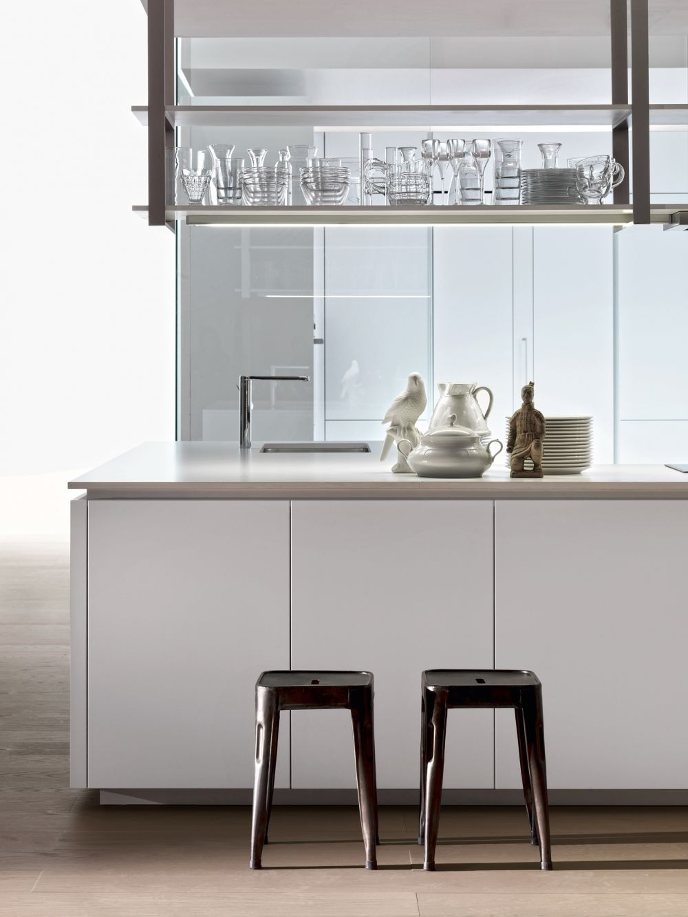 dada hi line 6 kitchen designed by ferruccio laviani a unitary project simple and linear on kitchen floating shelves id=40907