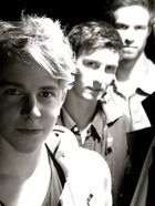 Young tom odell with his band tom and the tides