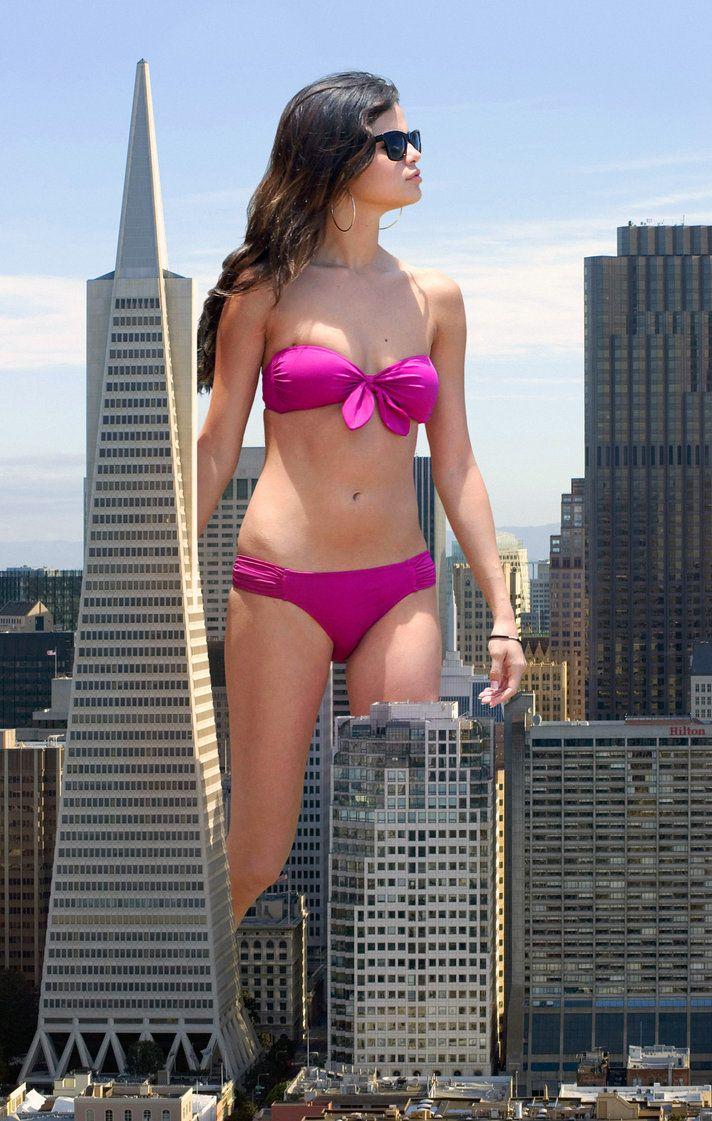 gomez nude giantess selena