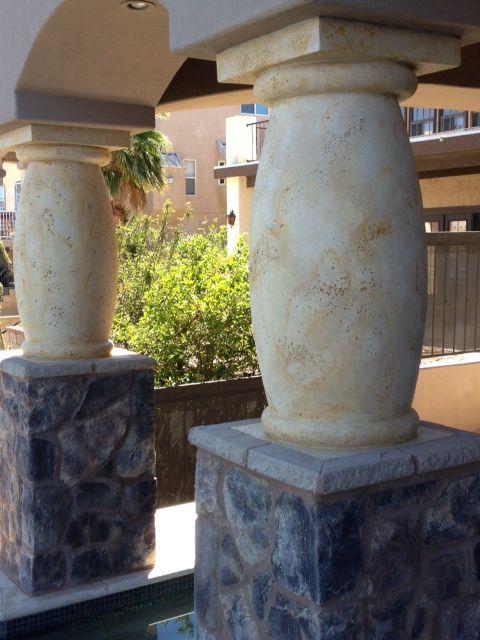 Faux Painted Columns To Look Like Travertine Fun Diy