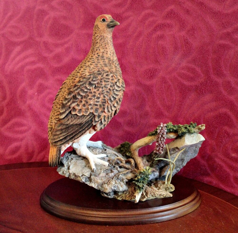 COUNTRY ARTISTS LARGE BIRD RED GROUSE ON MOORLAND HEATHER