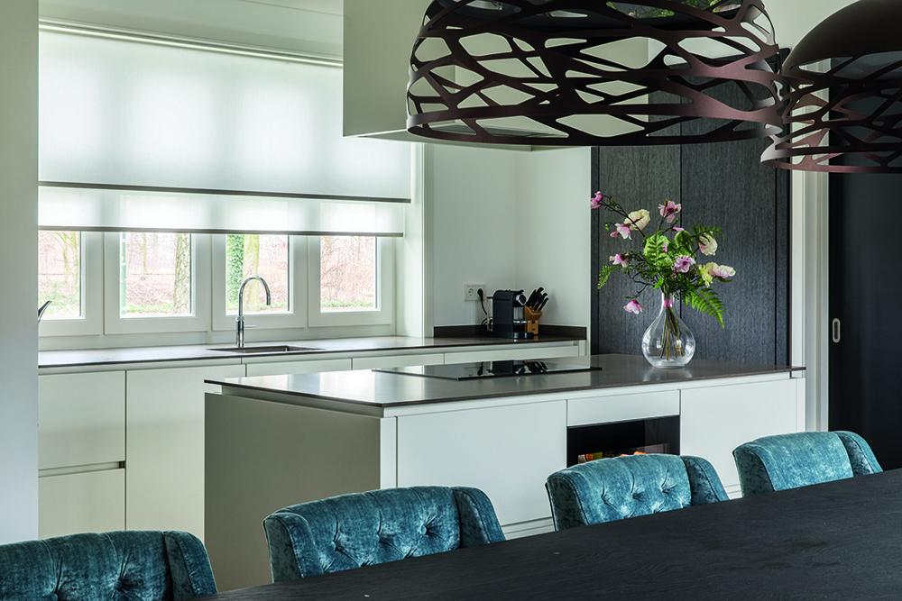 Daglicht Je Keuken : In deze keuken heb je voldoende daglicht om lekker te kokkerellen