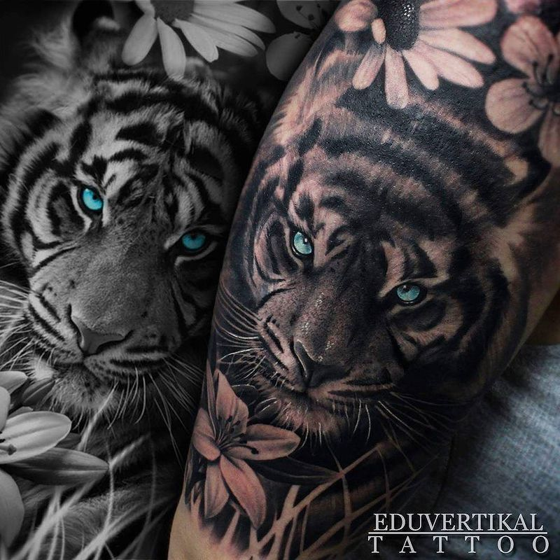 Tiger Tattoos And Flower: TIGER & FLOWERS In #MalagaTattooConvention2016
