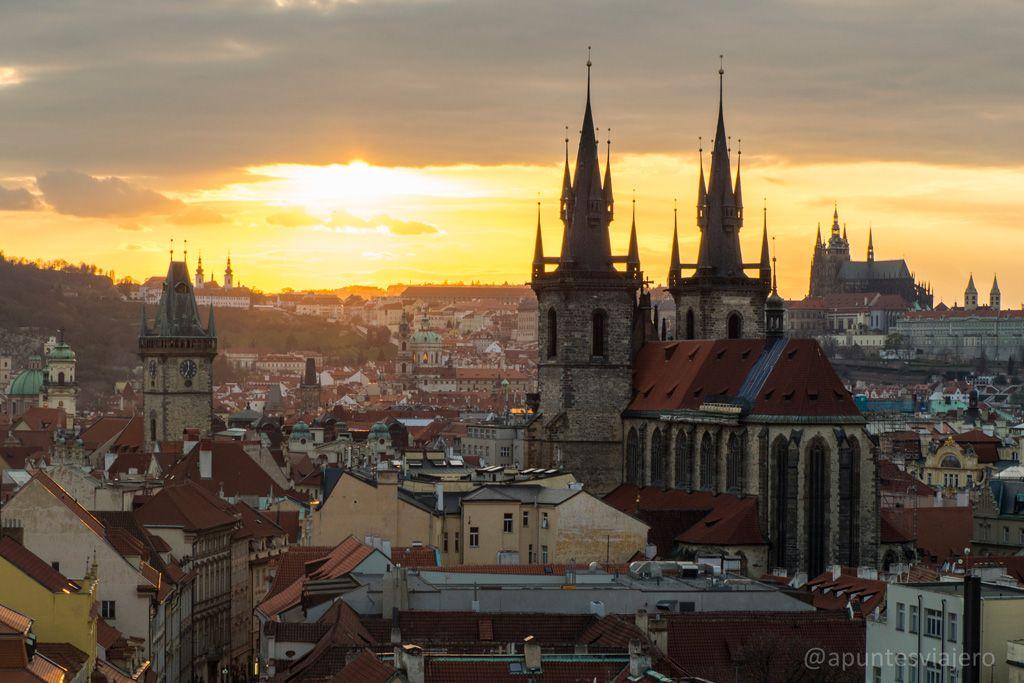 En Este Post Os Hablamos Sobre 10 De Los Principales Lugares Que Ver En Praga Con Una Breve Descripción Histori Que Ver En Praga Praga Praga República Checa
