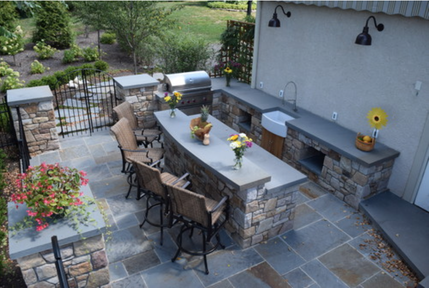 Outdoor Kitchen Design Tips Get Started On Your Outdoorkitchen Design With Some Helpful Plan Outdoor Kitchen Design Patio Entertaining Backyard Patio Designs