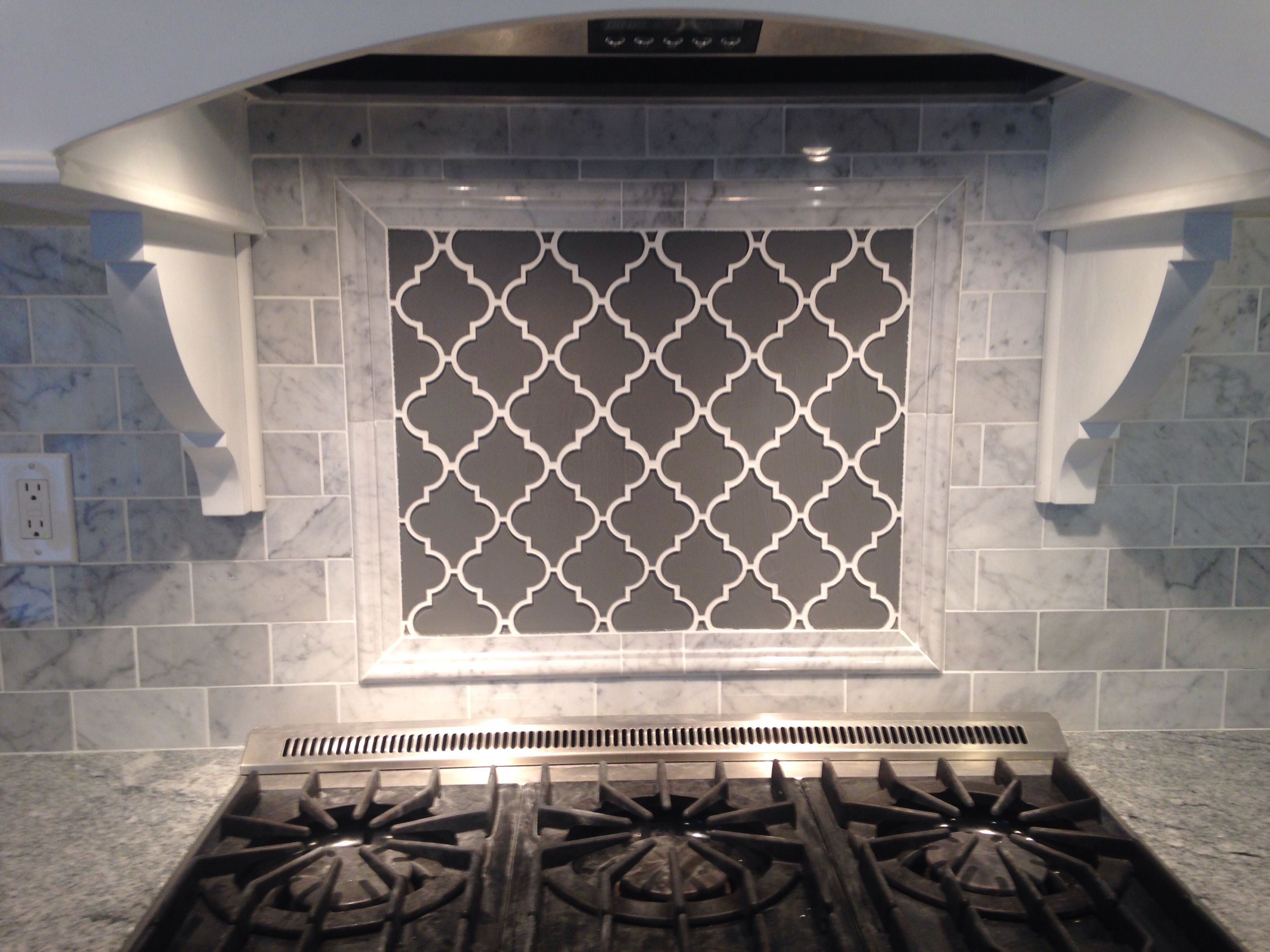 Grey Moroccan Lattice Backsplash Accent Behind Range. Carrera Bianco Subway  Tile, Viscount White Granite.