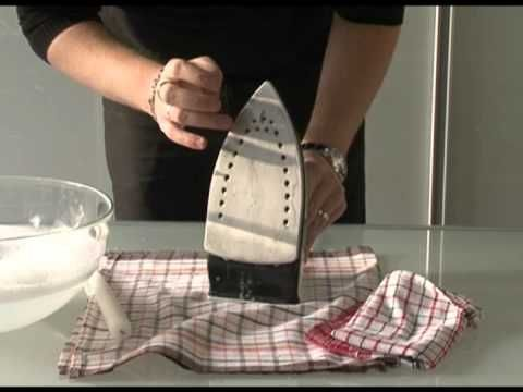comment nettoyer la semelle de votre fer à repasser : la cire de