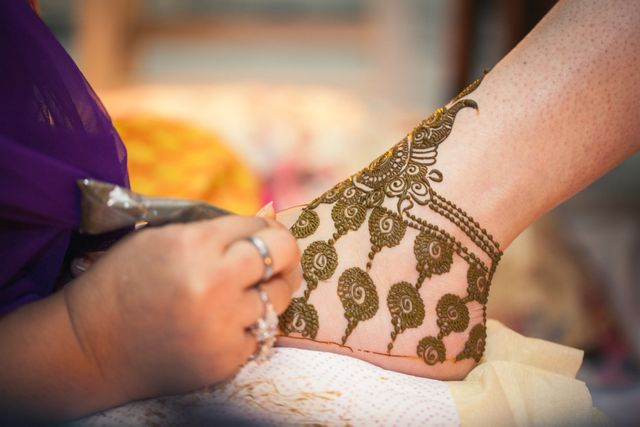Bridal Mehndi In Jalandhar : A stylish sikh affair in jalandhar with saffron details amarjeet