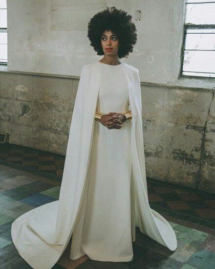 #solangeknowls #weddingdress #glamorous
