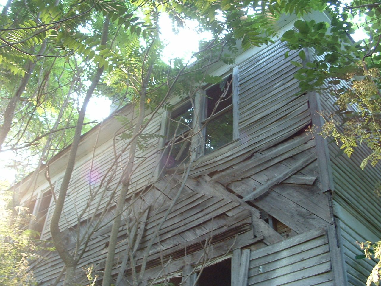 Laclede County,- hemlock house- MO built 1908