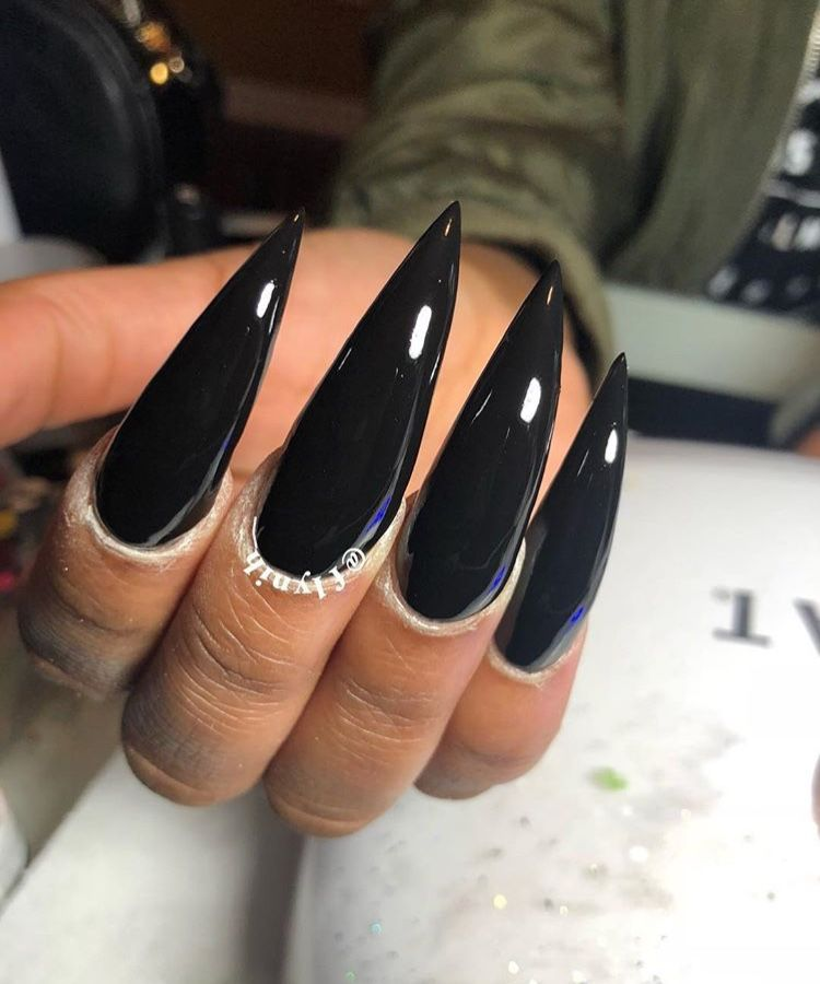 25 Matte Nail Designs You Ll Want To Copy This Fall Con Immagini Unghie Lunghe Unghia Nera