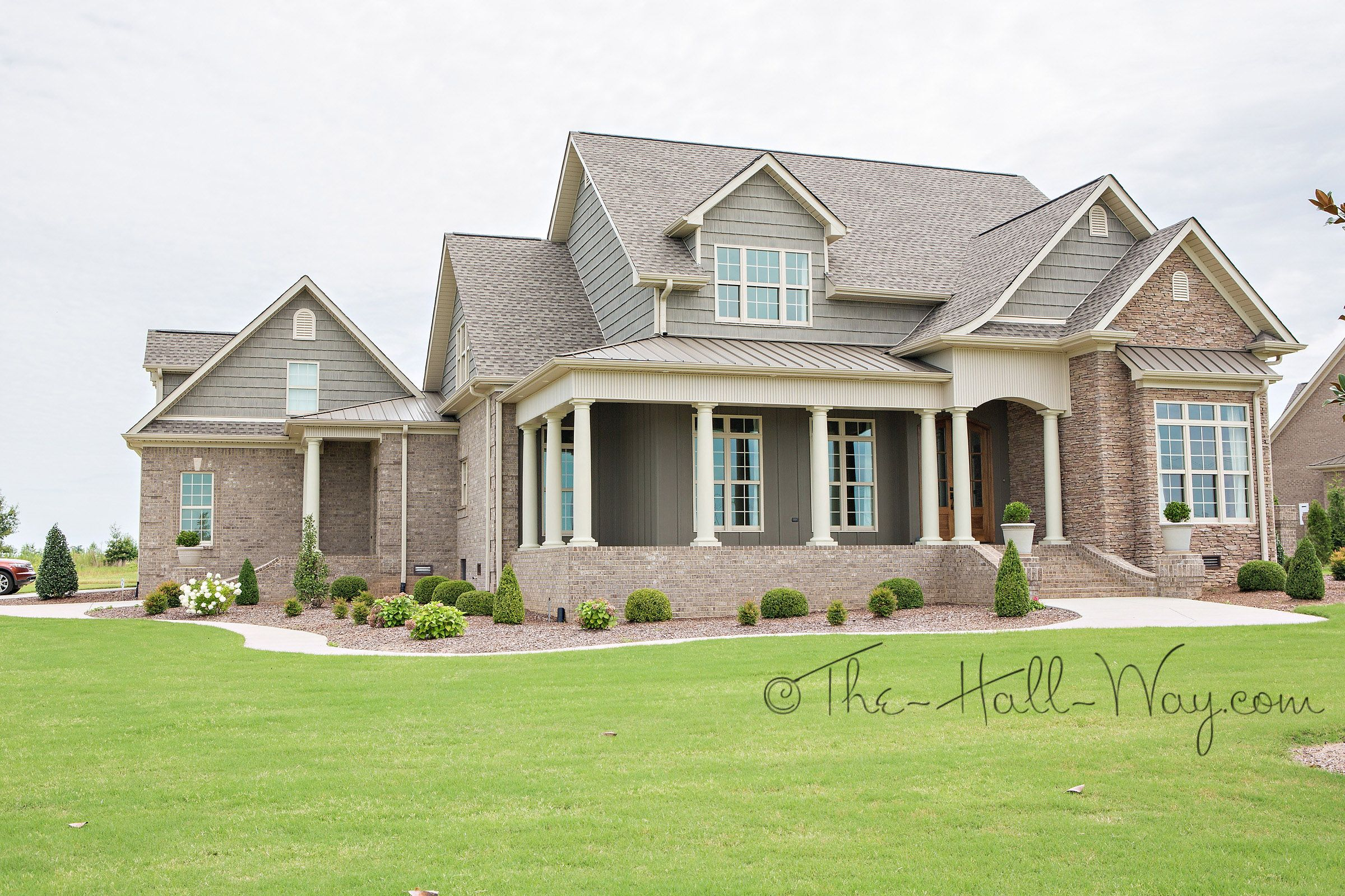 The Floor Plan Is A Southern Living Design By Mitchell Ginn Called The Shook Hill Visit The D Craftsman House Plans Southern House Plans Brick Exterior House
