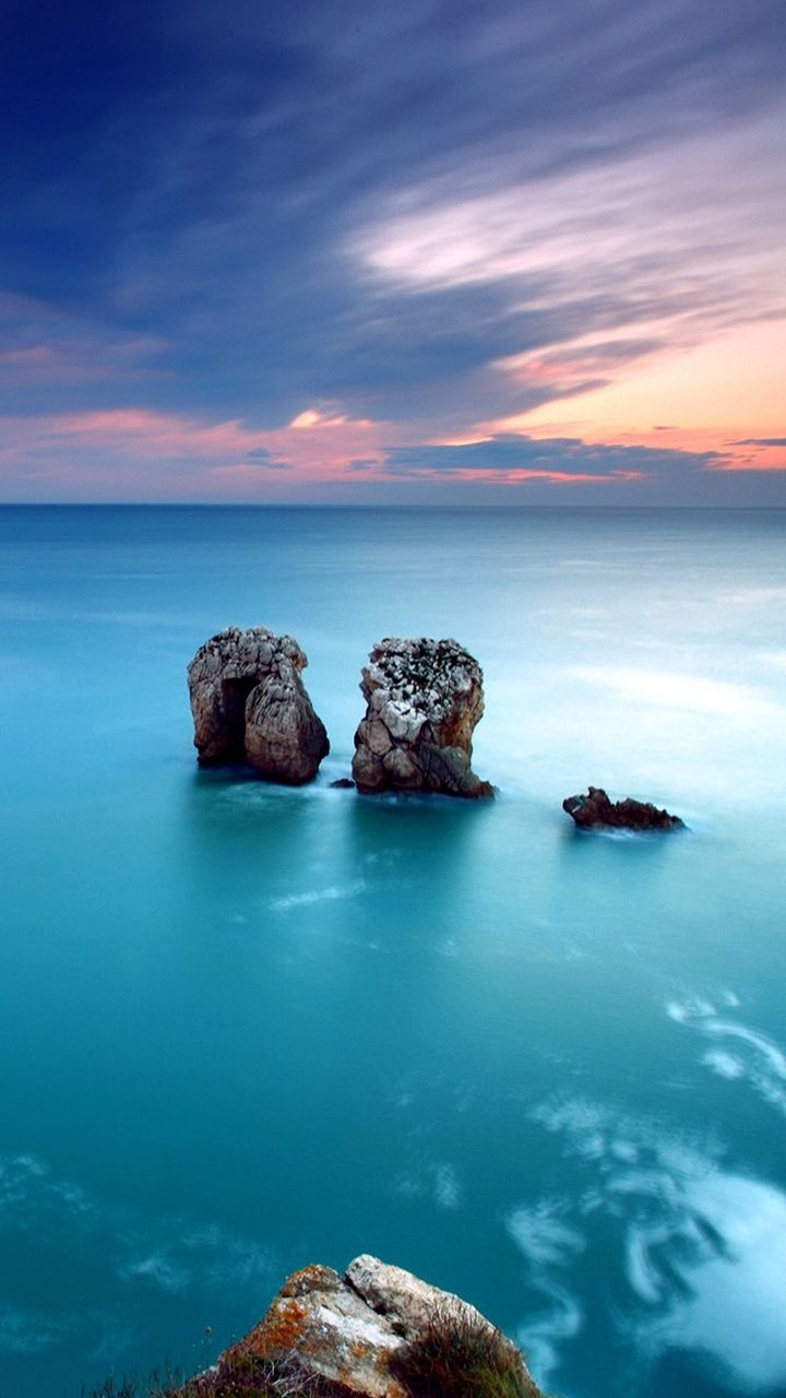 Breathtaking ocean view. Nature landscape iPhone