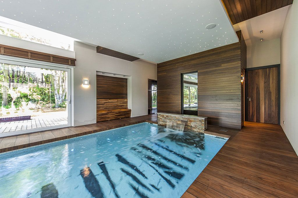 indoor swimming pool design inspiration with minimalist design idea