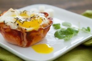 Turkey Egg Cups | Healthful Pursuit #keto #highfat #lowcarb