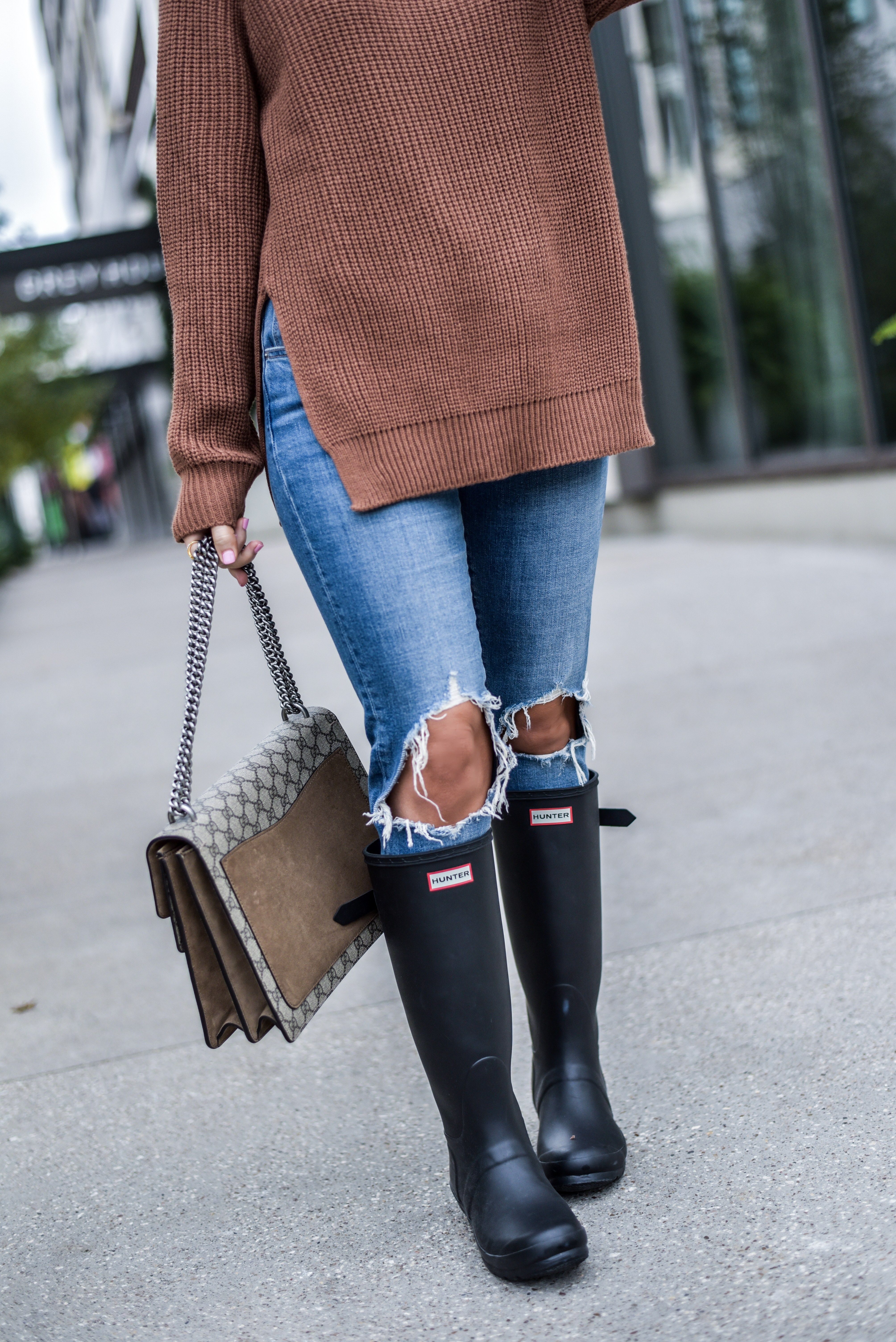 How to wear Hunter boots this fall women's fashion