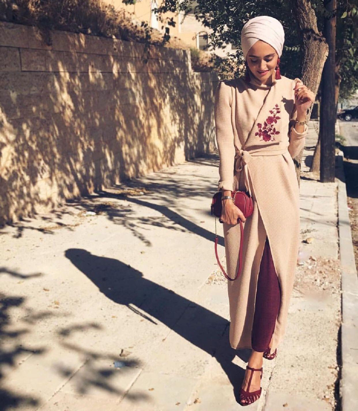 ca306f622d Pinterest: @adarkurdish Modesty Fashion, Abaya Fashion, Fashion Outfits,  Islamic Fashion,