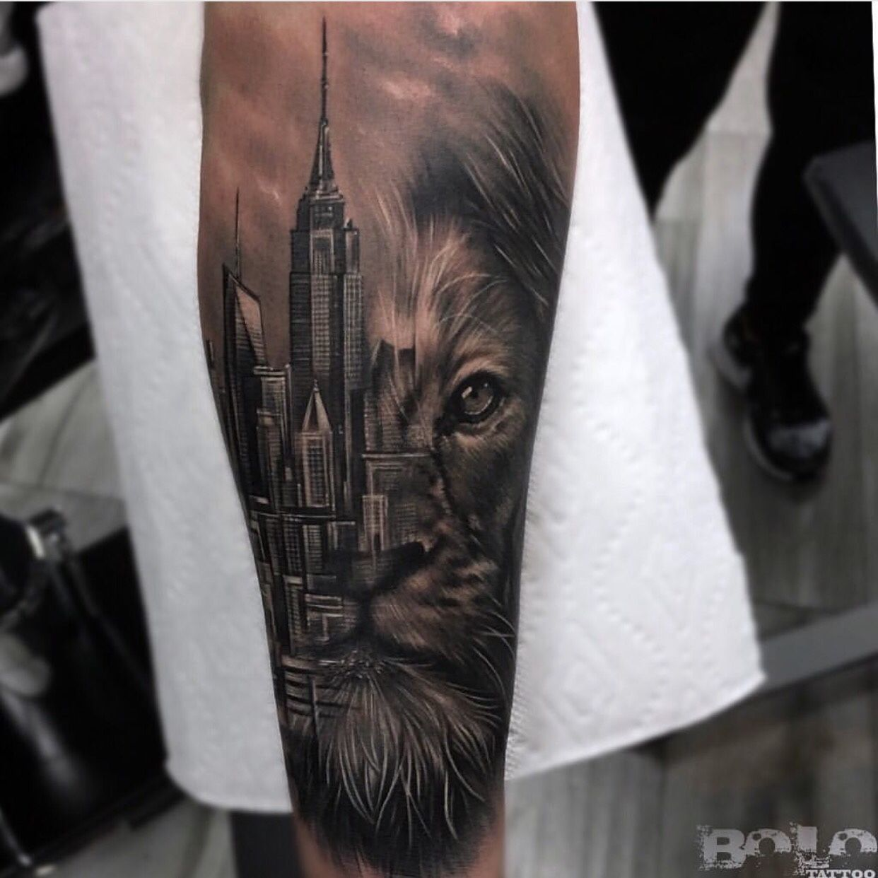 Lion king of the jungle tattoo - photo#28