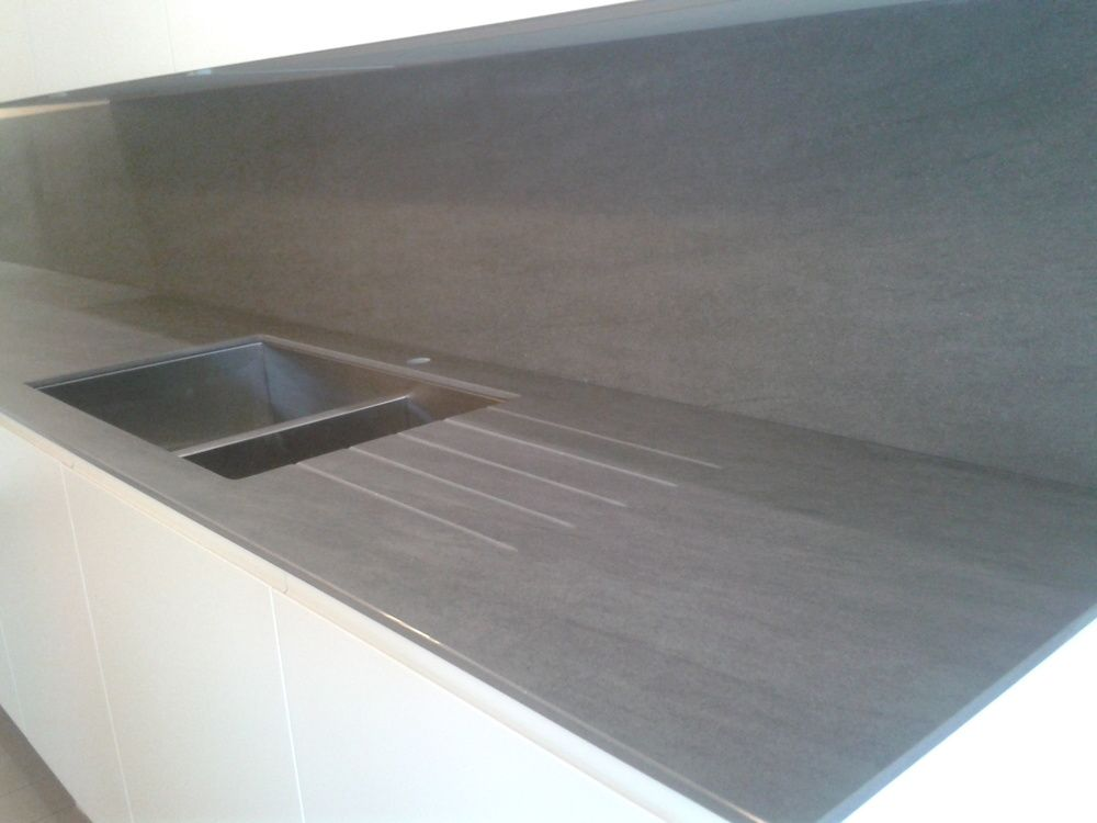 12mm Neolith Basalt Grey Ceramic Worktop With Draining Grooves