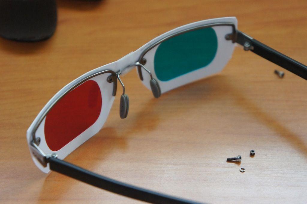 Comfortable 3D Glasses | 3d glasses, Glass and Scissors