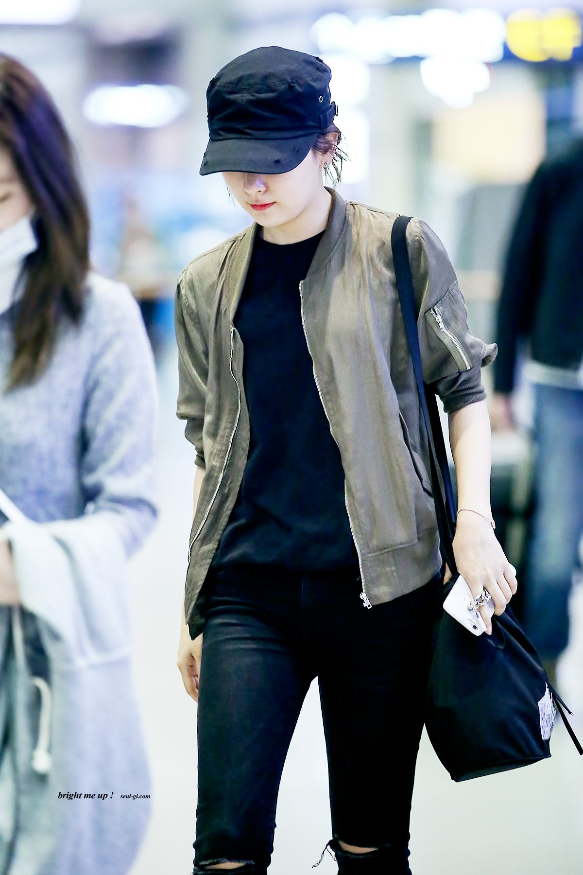 Seulgi Fashion Seulgi Airport Fashion Seulgi Airport 2016 Red Velvet Seulgi 2016 Seulgi Outfi Korean Airport Fashion Red Velvet Seulgi Airport Fashion Kpop